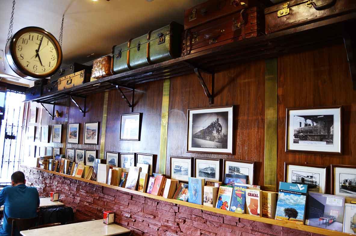 Bar-Anden-21-en-Vitoria-Gasteiz-Interior
