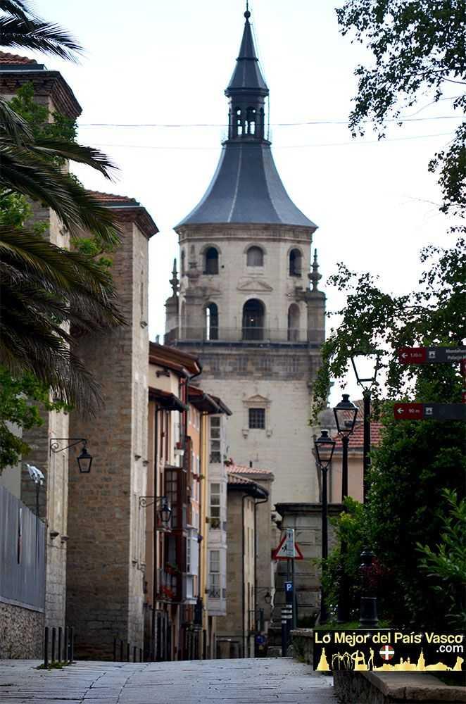 Catedral-Vieja-de-Santa-María-de-Vitoria-Gasteiz-por-Lo-Mejor-del-País-Vasco