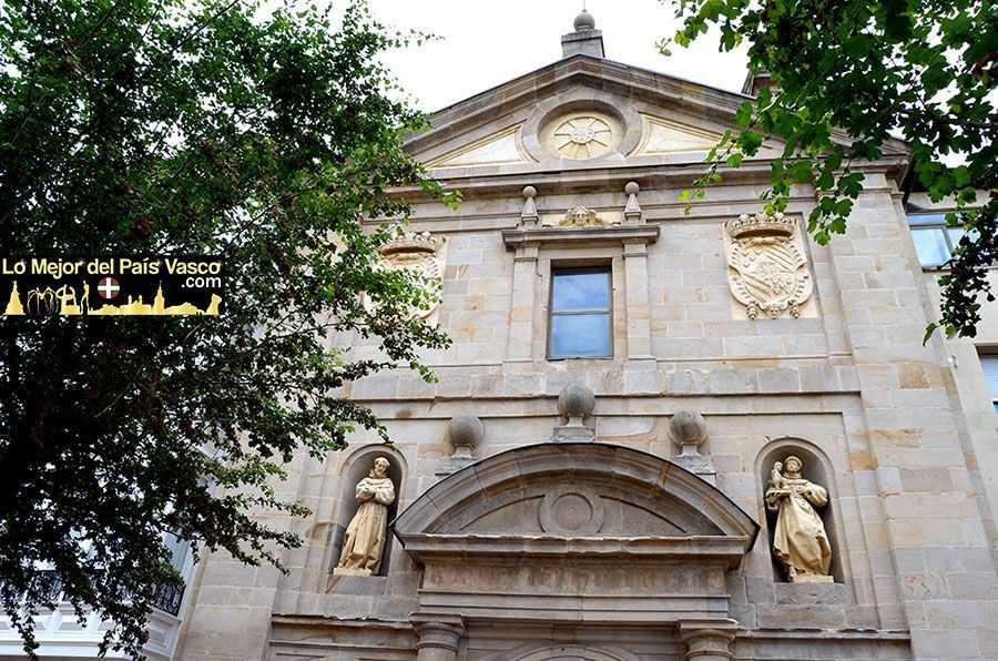 Convento-de-San-Antonio-de-Vitoria-Gasteiz-Fachada-Exterior-por-Lo-Mejor-del-País-Vasco