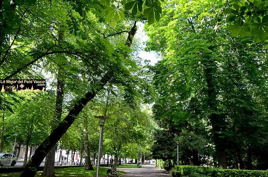 Parque-de-La-Florida-de-Vitoria-Gasteiz-por-Lo-Mejor-del-País-Vasco