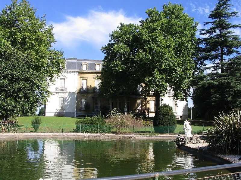 Parque y Palacio de Aiete Que Ver en San Sebastián Fuente Wikipedia Autor JoulSauron