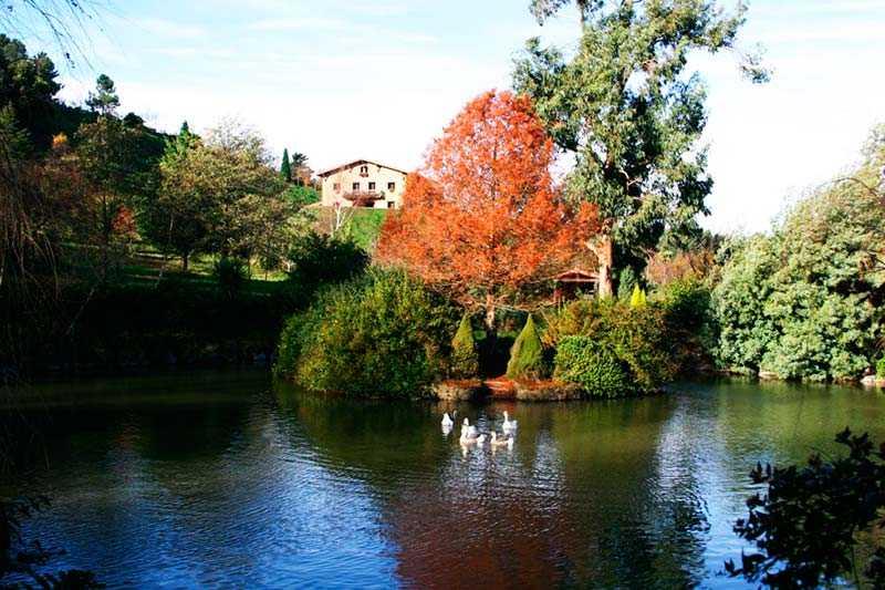 Casa-Rural-Lurdeia-alrededores-por-Lo-Mejor-del-País-Vasco