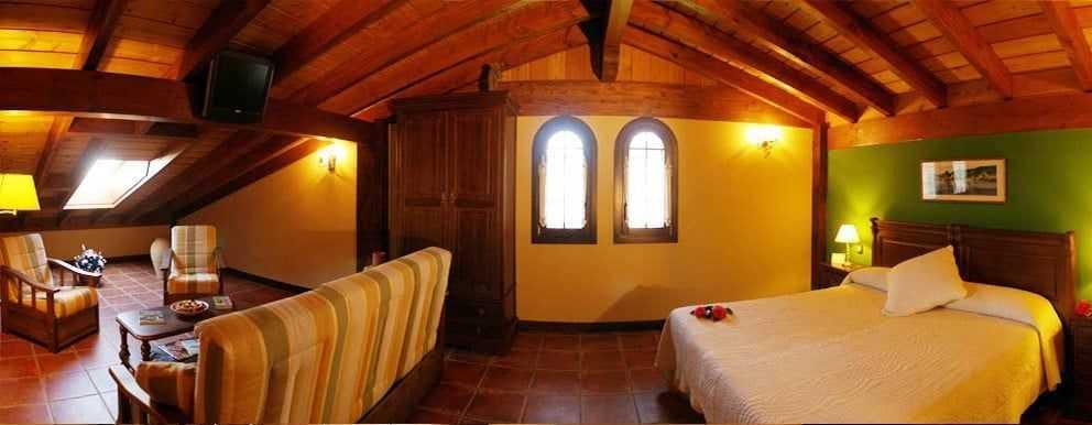 Eguzki-Casa-Rural-Lurdeia-por-Lo-Mejor-del-País-Vasco
