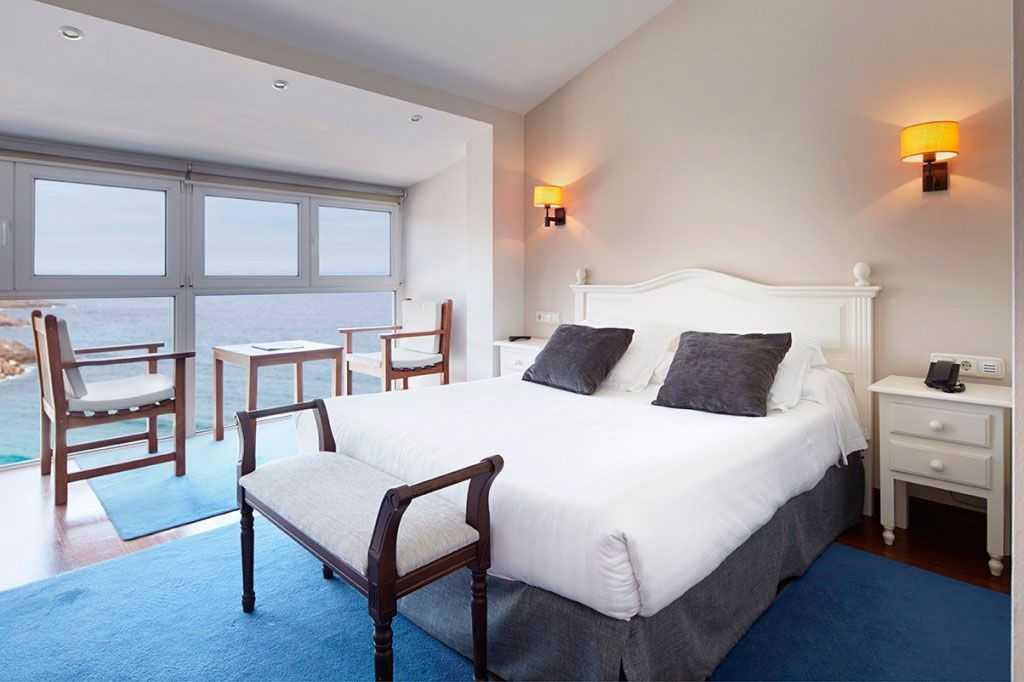 Hotel-Saiaz-Getaria-Habitaciones-Dobles-con-Mirador-en-Lo-Mejor-del-Pais-Vasco