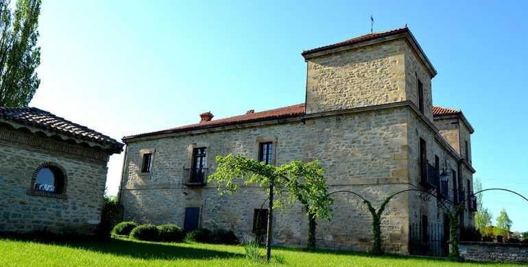 Mi-Castillo-de-Arena-Bodas-al-aire-libre-en-Alava-por-Lo-Mejor-del-País-Vasco