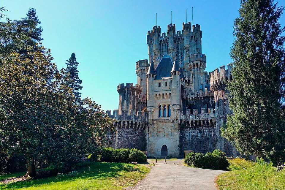 Castillo-de-Butrón-Gátika-Visita-Lo-Mejor-del-País-Vasco