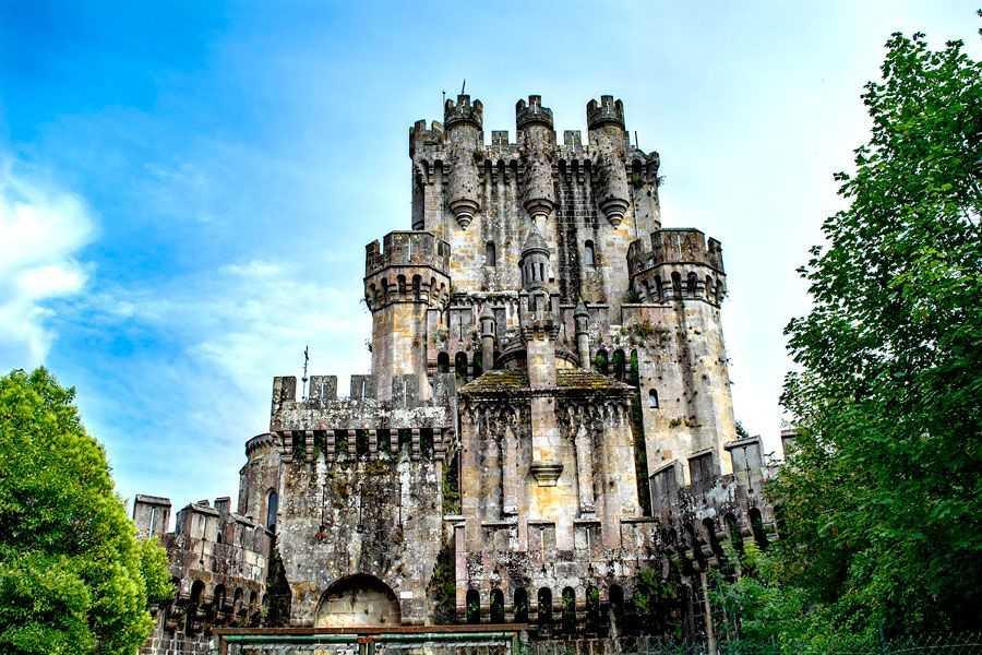 Castillo-de-Butrón-en-Gática-Visita-Lo-Mejor-del-País-Vasco